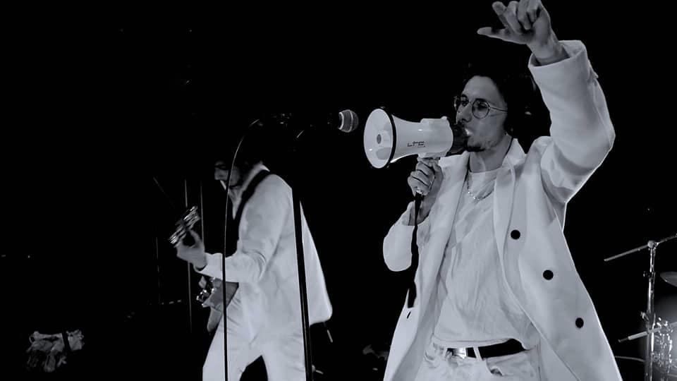 Mauvais Sang en concert - Ils viennent d'annoncer leur récente signature avec le label de musique December Square
